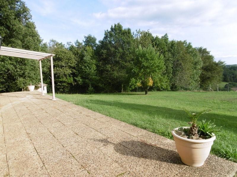 Sale house / villa St hilaire d estissac 289000€ - Picture 4