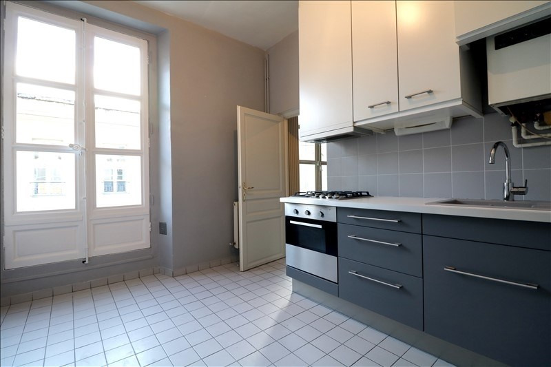 Rental apartment Versailles 3 420€ CC - Picture 2