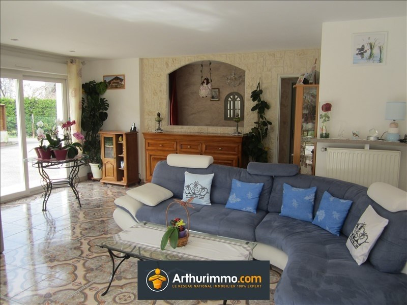 Sale house / villa Les avenieres 208 000€ - Picture 3