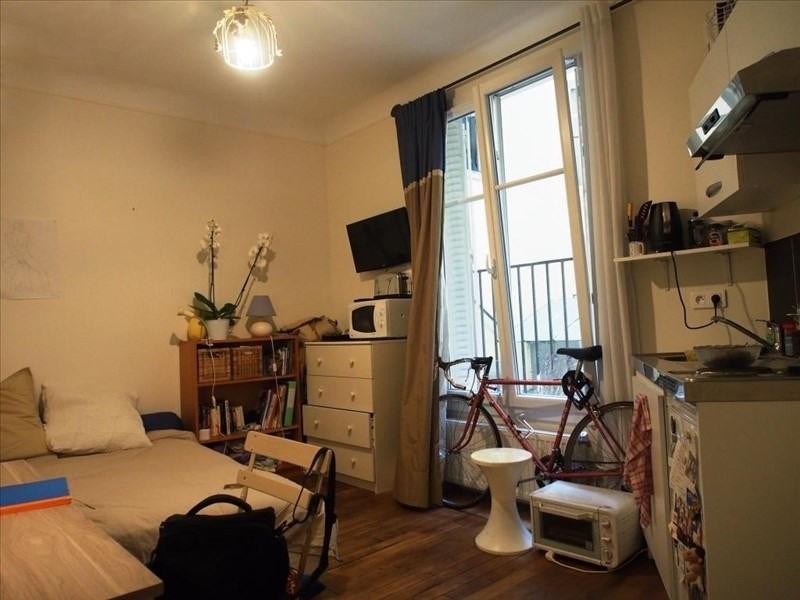 Sale apartment Paris 18ème 185000€ - Picture 1