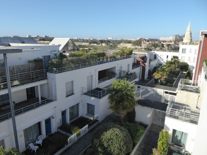 Sale apartment La rochelle 425 250€ - Picture 2