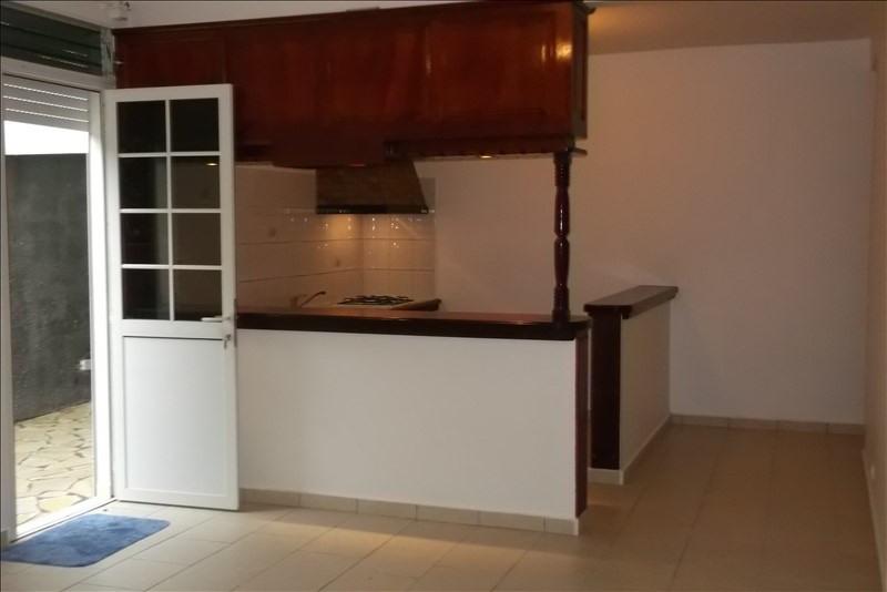 Rental apartment Lamentin 650€ CC - Picture 1