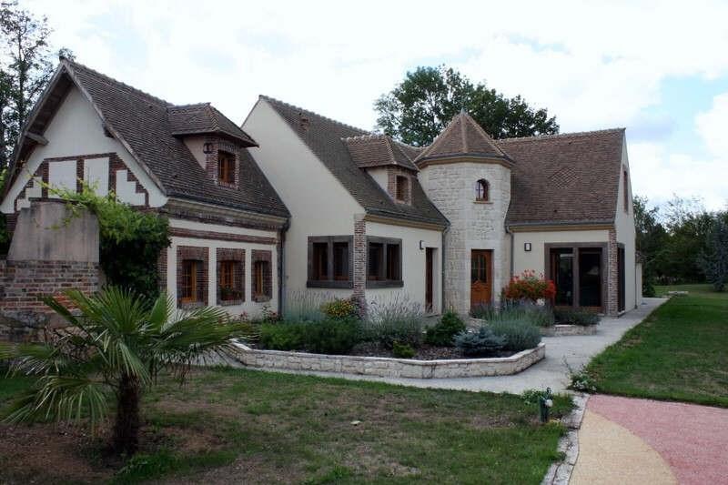 Deluxe sale house / villa Conches en ouche 630000€ - Picture 1