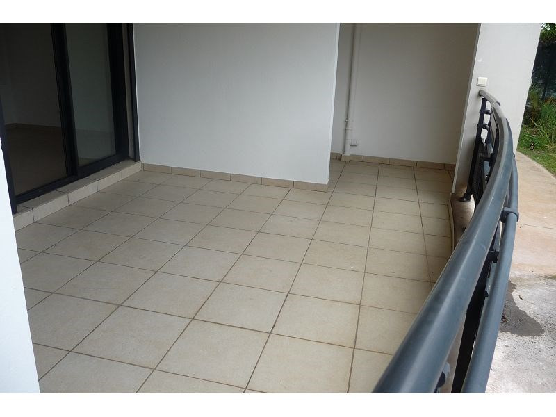 Location appartement La possession 511€ CC - Photo 8