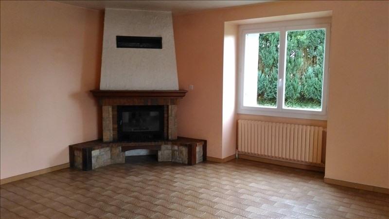 Verhuren  huis La couyere 637€ CC - Foto 2