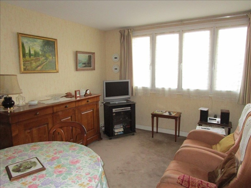 Sale apartment Le pecq 230 000€ - Picture 5