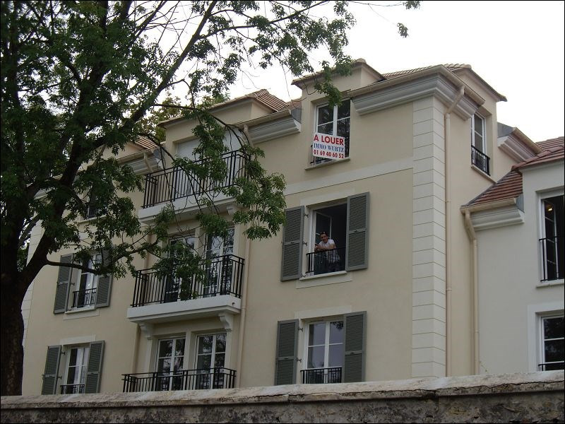 Rental apartment Yerres 804€ CC - Picture 2