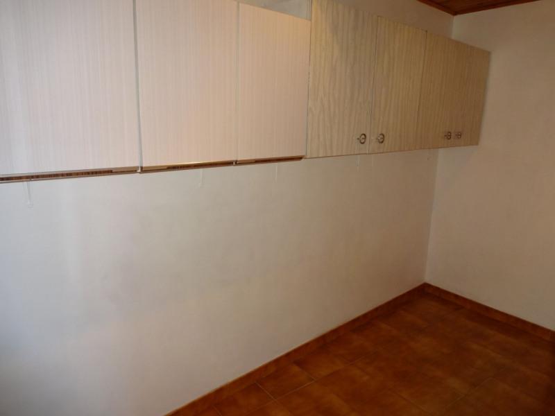 Sale house / villa Entraigues sur la sorgue 230000€ - Picture 12