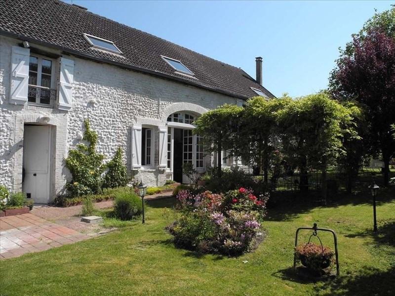 Sale house / villa Villeneuve sur yonne 275000€ - Picture 1