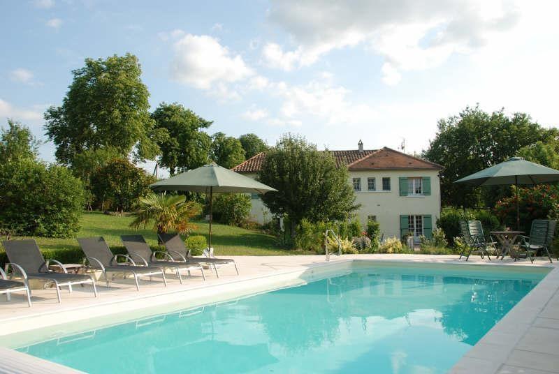 Sale house / villa Bourdeilles 347900€ - Picture 1