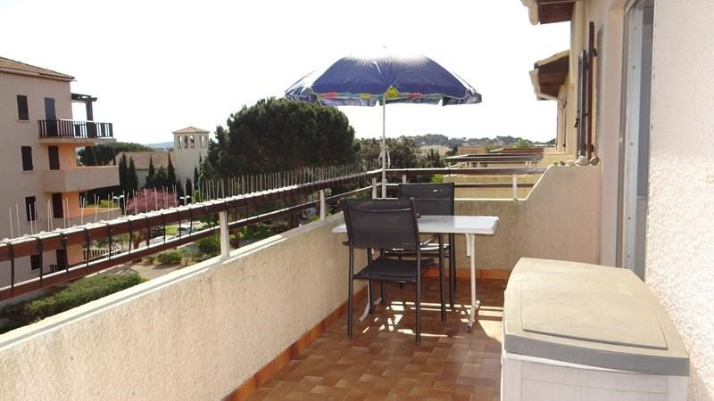 Location vacances appartement Cavalaire 420€ - Photo 4