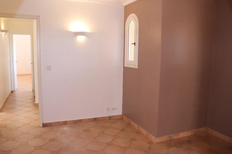 Rental house / villa Cavalaire sur mer 1900€ CC - Picture 4
