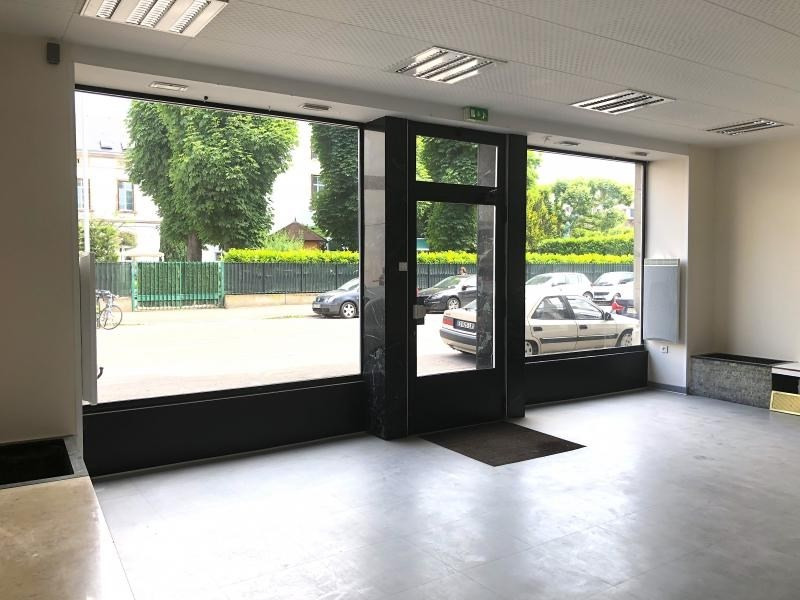 Location local commercial Strasbourg 1300€ HT/HC - Photo 1