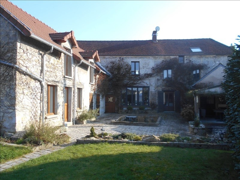 Sale house / villa Frepillon 720000€ - Picture 1
