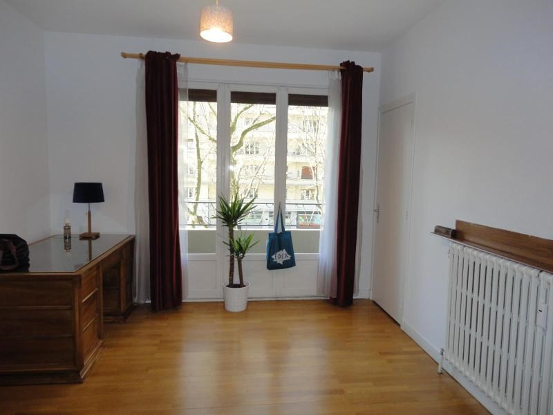 Location bureau Grenoble 735€ CC - Photo 3