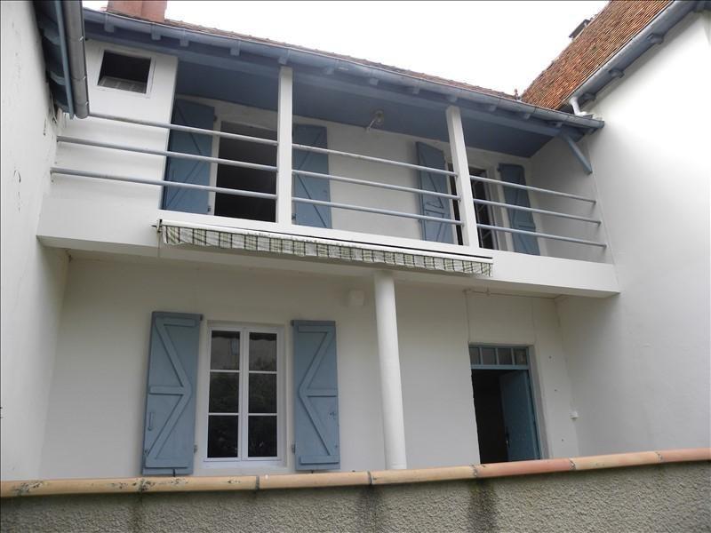 Location maison / villa Lagor 620€ CC - Photo 1