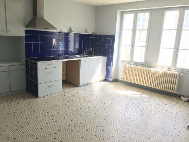Vente maison / villa Liguge 268 000€ - Photo 3
