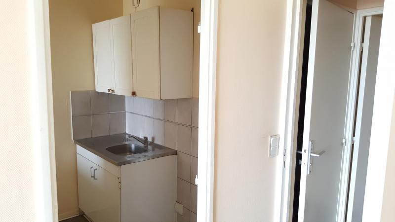 Sale apartment Evry 89 000€ - Picture 2
