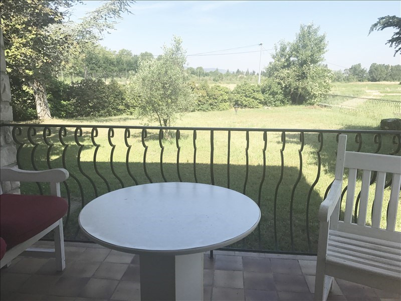 Sale house / villa Le puy ste reparade 440000€ - Picture 2