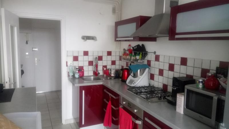 Sale apartment Cholet 75 700€ - Picture 3