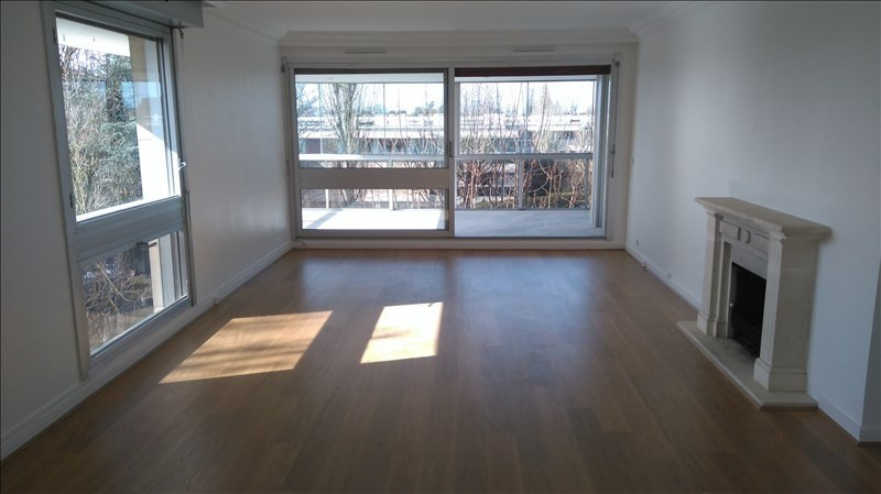 Location appartement Le chesnay 2 500€ CC - Photo 1