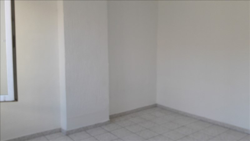 Location appartement Marseille 4ème 375€ CC - Photo 2