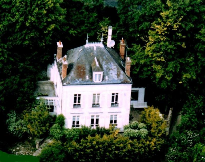 Sale house / villa Fontaine le port 469000€ - Picture 1