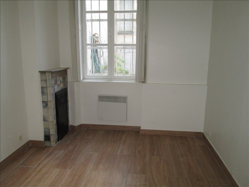 Rental apartment Versailles 965€ CC - Picture 3