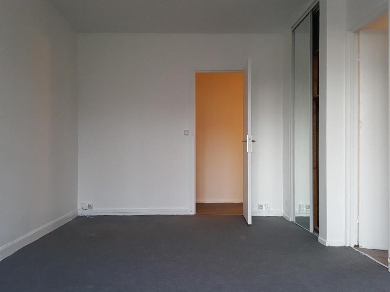 Location appartement Meudon la foret 820€ CC - Photo 1