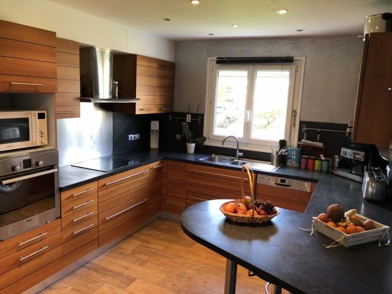 Sale house / villa Lesigny 378000€ - Picture 4