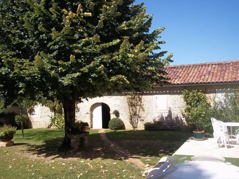 Sale house / villa Cherves-richemont 297000€ - Picture 5