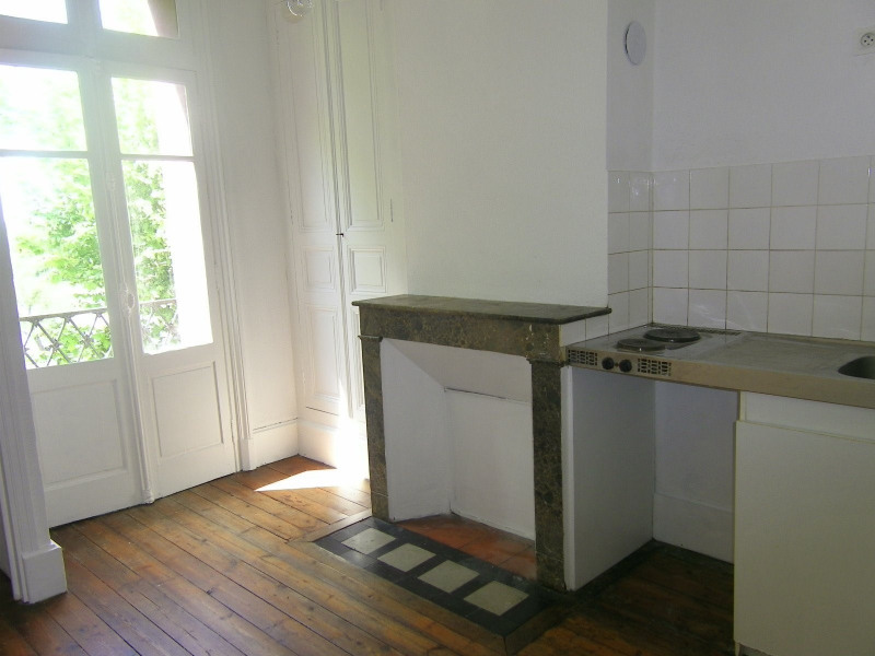 Rental apartment Agen 330€ CC - Picture 4