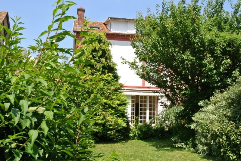Deluxe sale house / villa St germain en laye 1 260 000€ - Picture 1