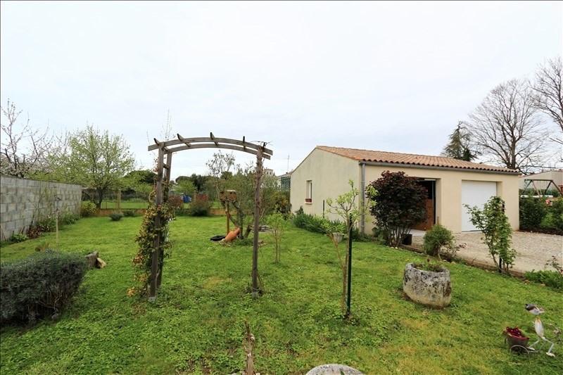 Sale house / villa Meursac 227000€ - Picture 2