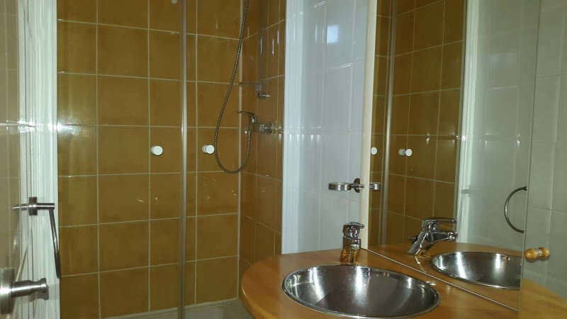 Sale apartment Daudet 70 600€ - Picture 3