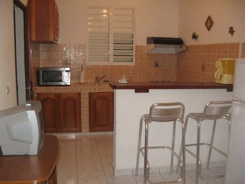 Rental apartment St francois 650€ CC - Picture 1