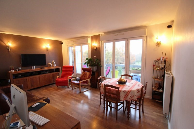 Sale apartment Maurepas 216 000€ - Picture 3