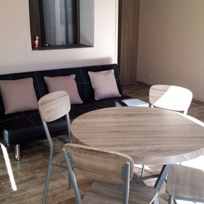 Vente appartement Meyrargues 137 000€ - Photo 3