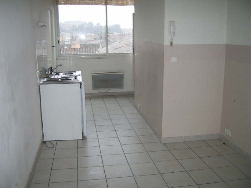 Location appartement Nimes 390€ CC - Photo 1