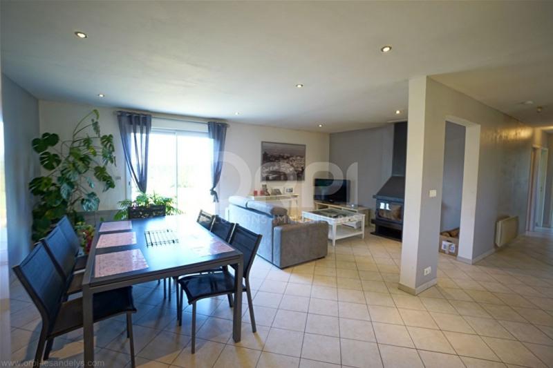 Sale house / villa Saint-clair-sur-epte 242000€ - Picture 4