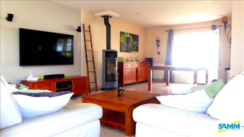 Sale house / villa Fontenay le vicomte 390000€ - Picture 2