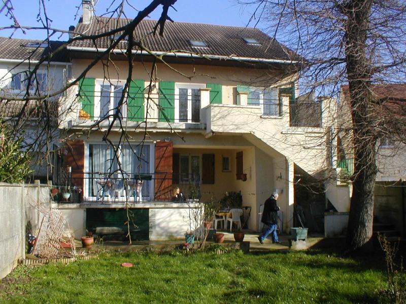 Vente immeuble Noisy-le-grand 587000€ - Photo 1