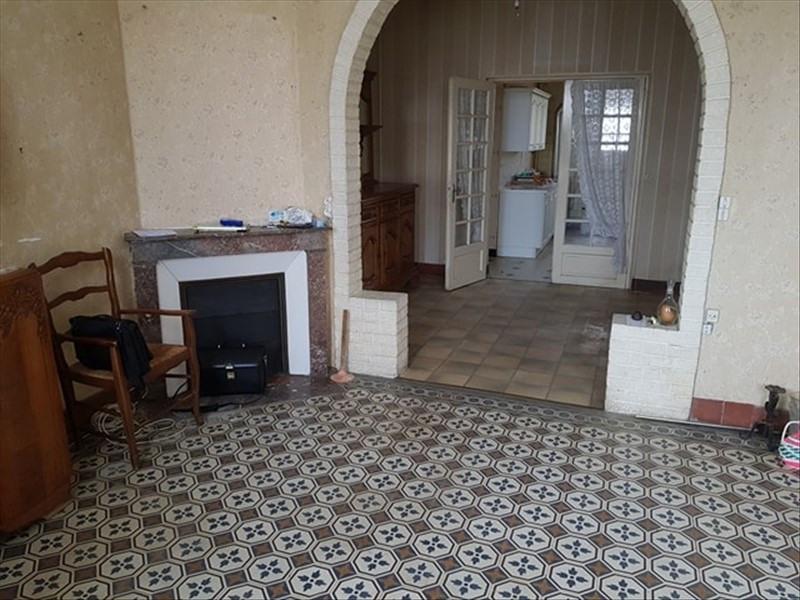 Sale house / villa Tergnier 59800€ - Picture 2