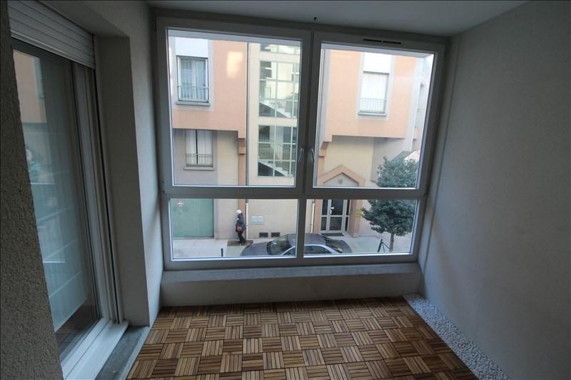 Rental apartment Voiron 750€ CC - Picture 3