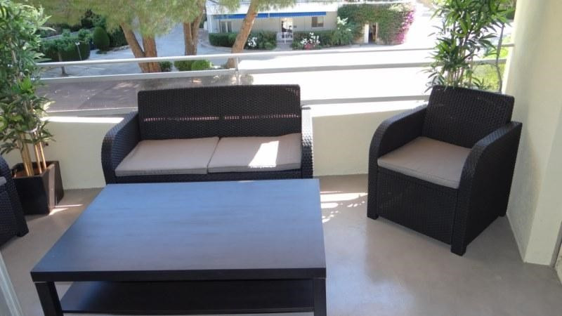 Location vacances appartement Cavalaire 800€ - Photo 6