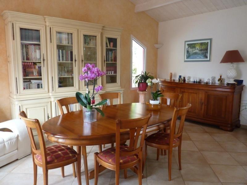 Sale house / villa La chaize le vicomte 375000€ - Picture 2