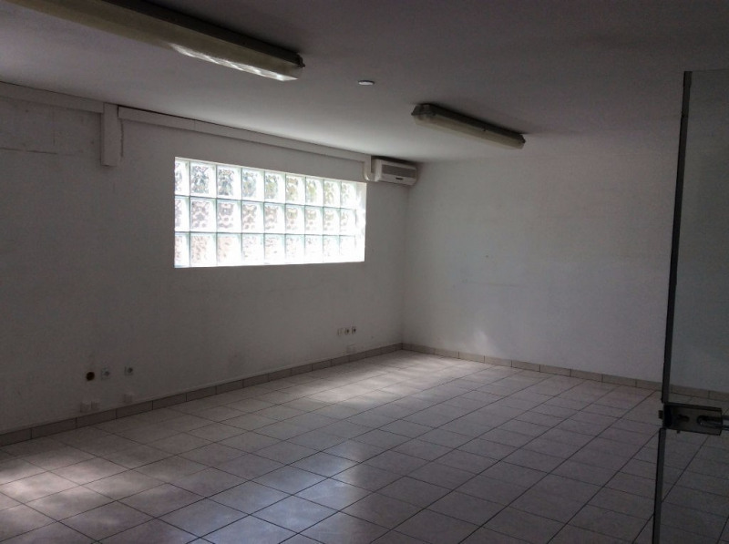 Location local commercial Cornebarrieu 2 124€ CC - Photo 2