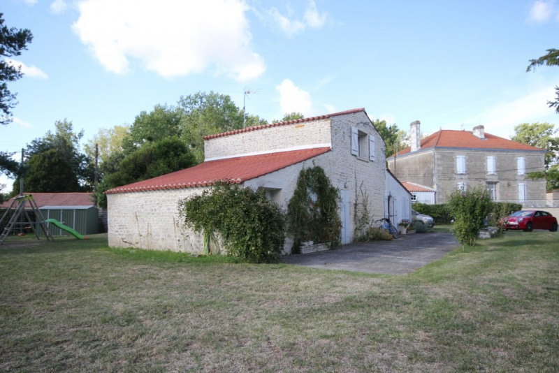 Sale house / villa Le poire sur velluire 137500€ - Picture 2