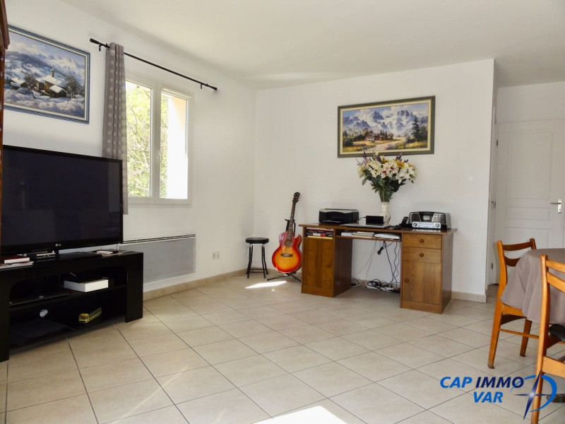 Vente maison / villa Signes 239000€ - Photo 5