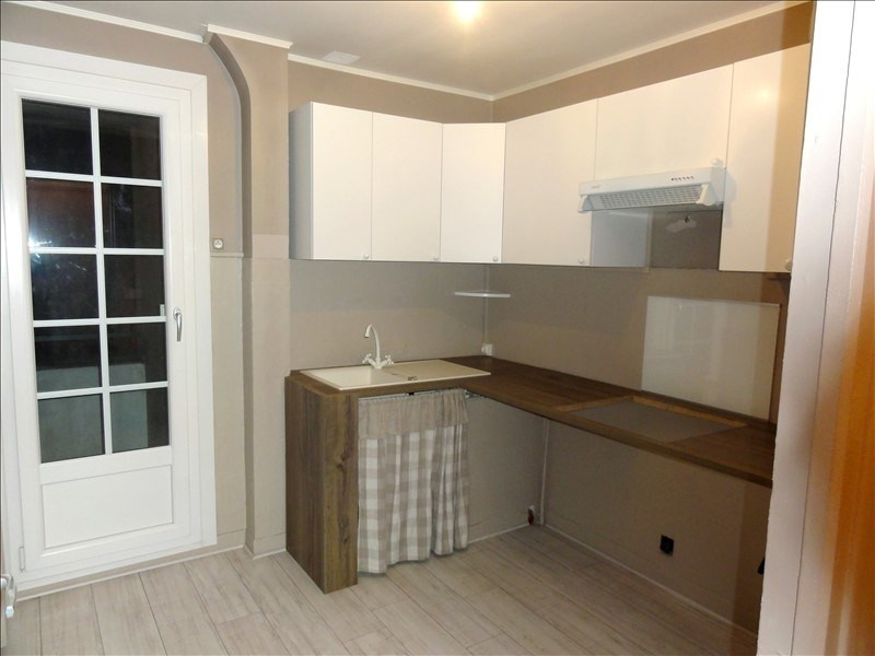 Rental apartment Colombes 860€ CC - Picture 3